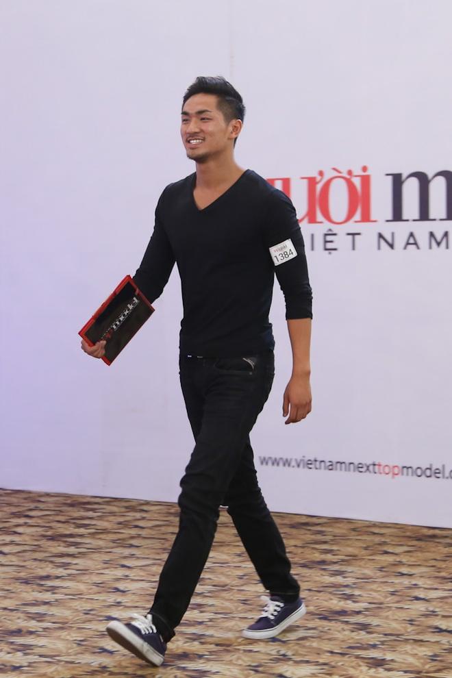 Giam khao Top Model bat ngo vi 2 Viet kieu nhay dep, hat hay hinh anh 1