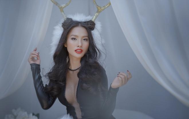 Truong Nhi dien mot khong noi y hoa 'nang linh duong' sexy hinh anh 6