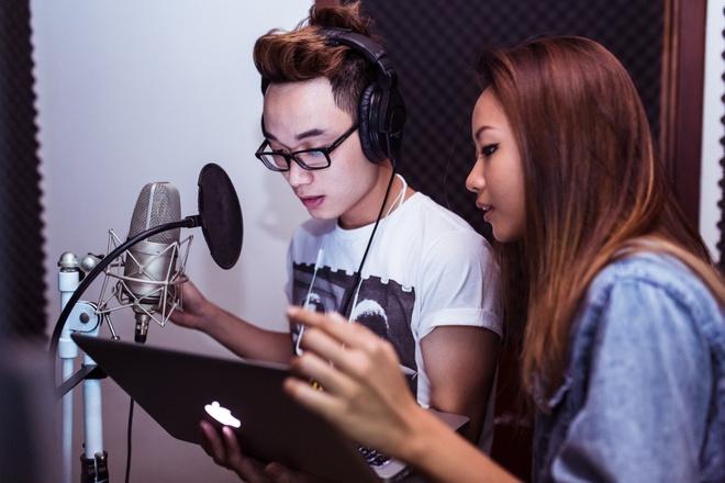 Suboi lan dau ket hop voi Truc Nhan tren san khau The Remix hinh anh