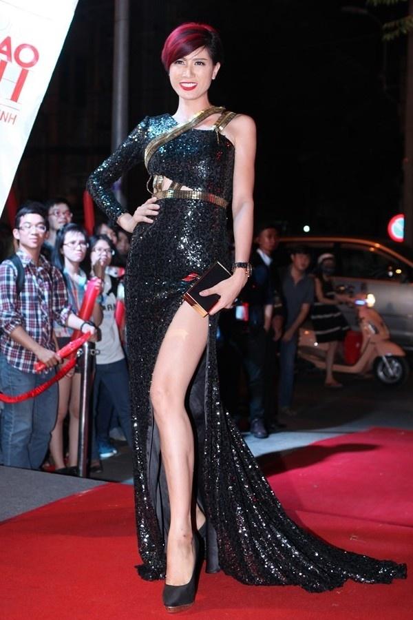 Nhung bo canh bi che cua Trang Tran hinh anh 5