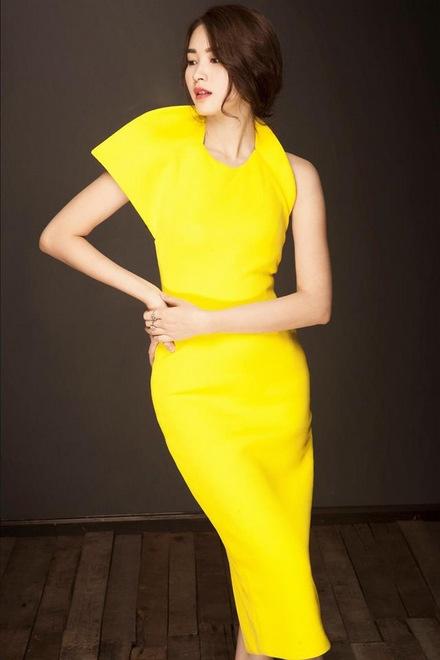 Hoa hậu Thu Thảo là khách hàng quen thuộc của Lê Thanh Hòa.