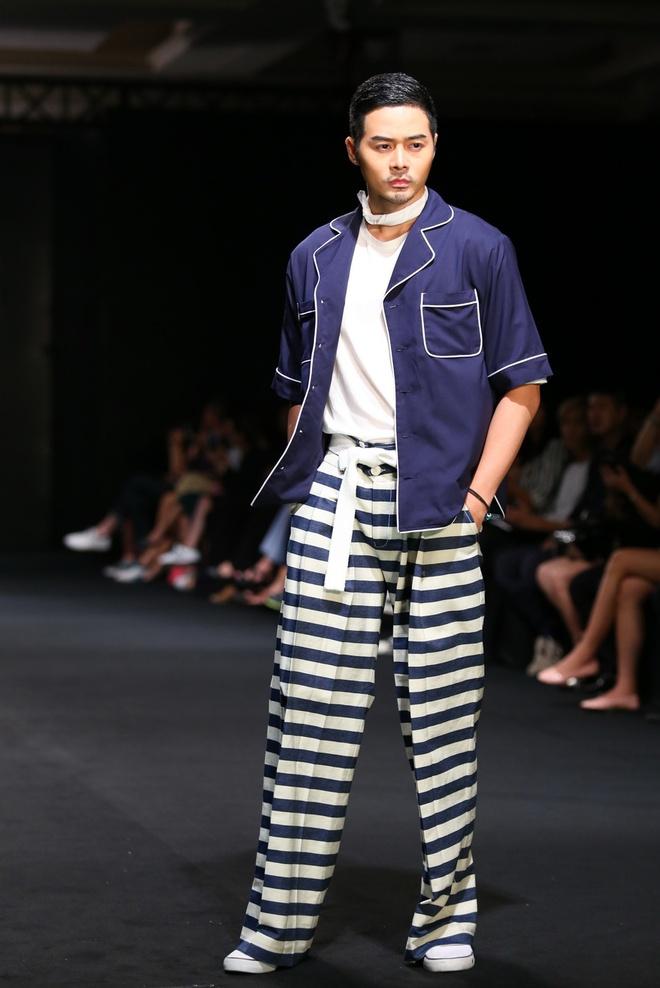 Quang Hung Next Top Model dien do ngu tren san catwalk hinh anh 3