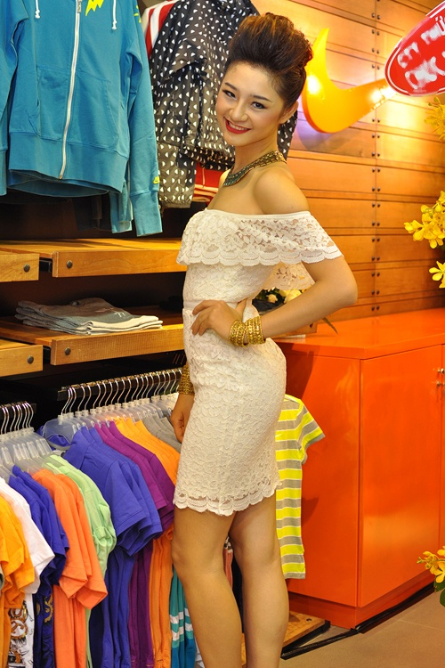 Chan dai Next Top Model lot xac tu gai que sang goi cam hinh anh 14