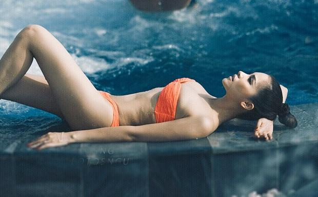 Sao Viet dien bikini sac mau khoe duong cong nong bong hinh anh 10