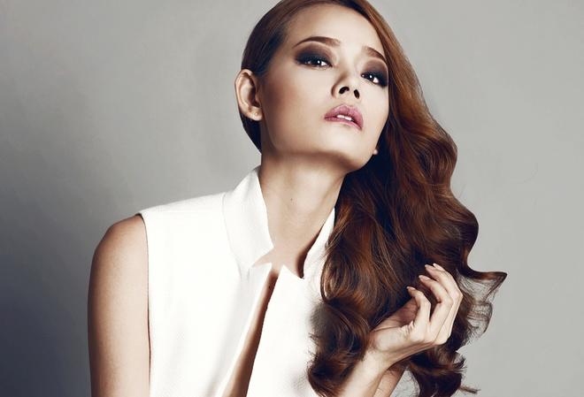 Hoang Oanh Next Top Model dien mot khong noi y hinh anh