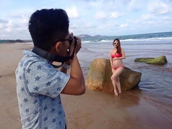 Kieu nu showbiz Viet mang bau van dien bikini goi cam hinh anh 8