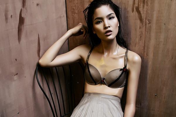 Cha Mi Next Top Model dien noi y khoe vong 1 khiem ton hinh anh