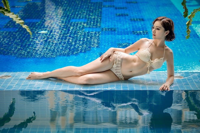 Lan Phuong khoe voc dang goi cam voi bikini len hinh anh 2