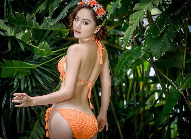 Lan Phuong khoe voc dang goi cam voi bikini len hinh anh 5