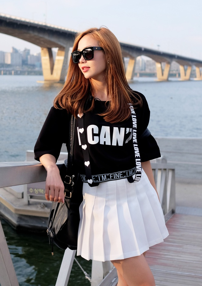Minh Hang dien 5 set do street style du lich Han Quoc hinh anh 9