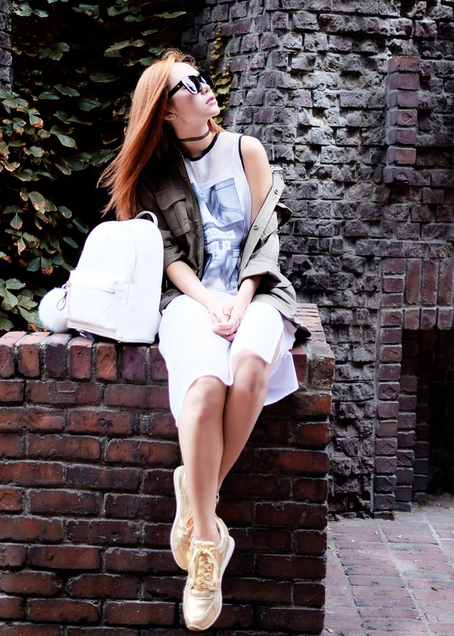 Minh Hang dien 5 set do street style du lich Han Quoc hinh anh 2
