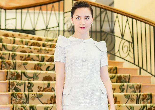 Thien Ly - Xuan Lan giao luu thi sinh Hoa hau hoan vu hinh anh