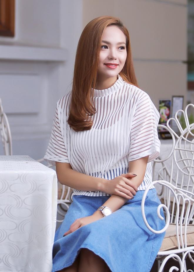 Minh Hang: 'Toi thich duoc ban trai tang qua' hinh anh 1