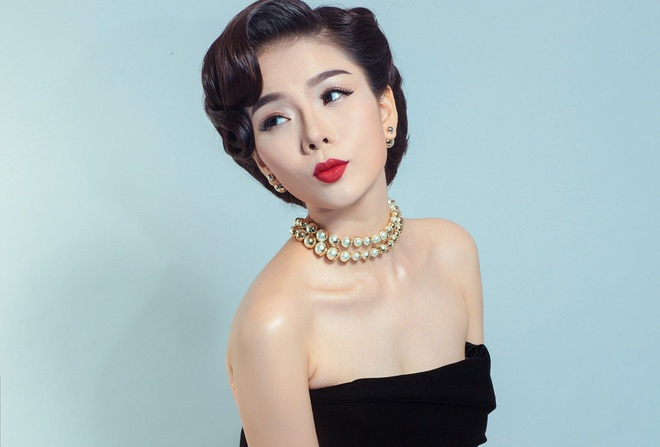 Le Quyen se goi cam trong live show 'Tinh khuc khong ten' hinh anh