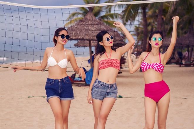Ban gai cau thu Sy Manh dien bikini khoe dang chuan hinh anh 7