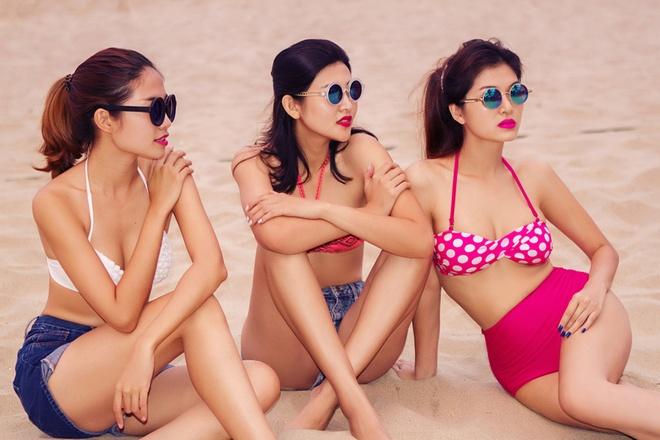 Ban gai cau thu Sy Manh dien bikini khoe dang chuan hinh anh 8