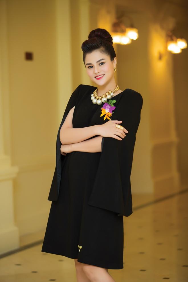 Ba bau Vu Thu Phuong duoc chong thap tung ra Ha Noi hinh anh 1
