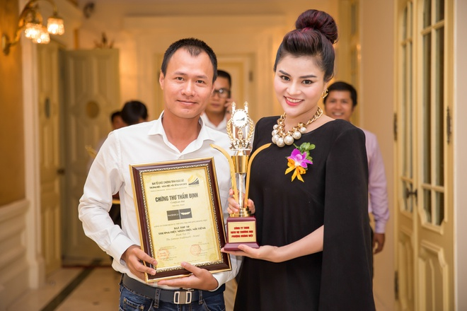 Ba bau Vu Thu Phuong duoc chong thap tung ra Ha Noi hinh anh 3