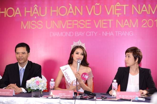 Hoa hau Pham Thi Huong: 'Toi tu tin ve nhan cach ban than' hinh anh 2