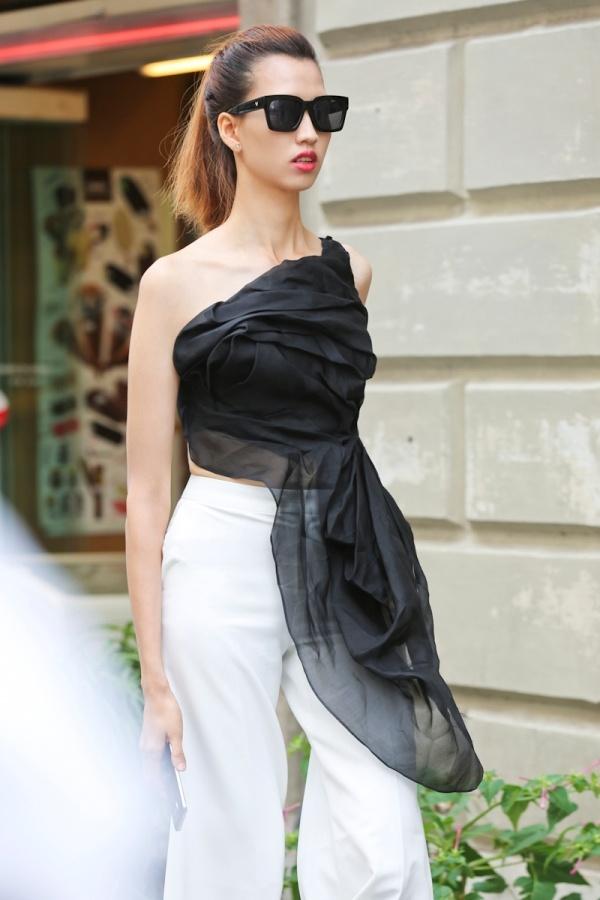 Top 4 Next Top Model sanh dieu tren duong pho Italy hinh anh 7