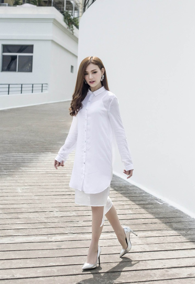 Street style thanh lich cua Thu Thuy hinh anh 2