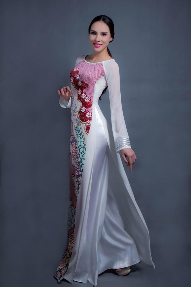 Ao dai cua Le Quyen dien tai Miss Grand International hinh anh 3