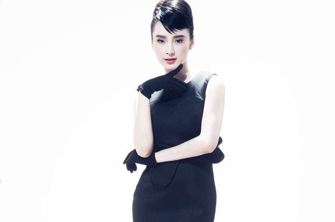 Angela Phuong Trinh trang diem giong Audrey Hepburn hinh anh