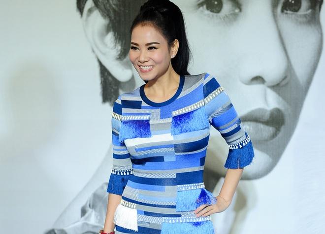 Thu Minh dien set do hon 600 trieu dong du show Ly Nha Ky hinh anh