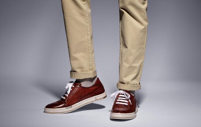 9 thuong hieu sneakers xa xi duoc yeu thich nhat hinh anh 9