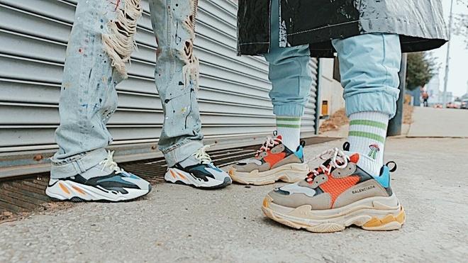 9 thuong hieu sneakers xa xi duoc yeu thich nhat hinh anh 4