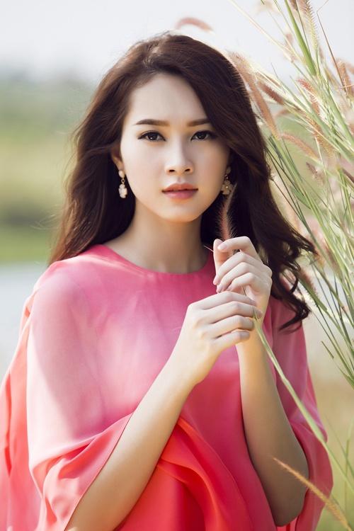 Dang Thu Thao muon de khan gia phan xet show Thuy Minh hinh anh 1
