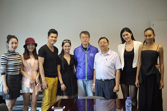 Vuong Thu Phuong, Dieu Huyen du tiec sinh nhat TVB hinh anh 11