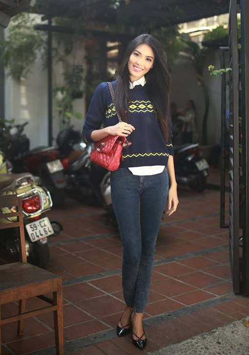 Street style tinh nghich, pha cach cua Lan Khue hinh anh 9