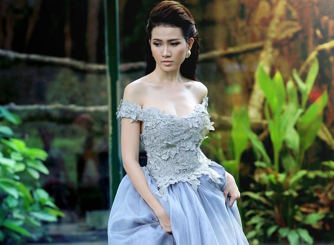 Phan Thi Mo dien dam da hoi goi cam hinh anh