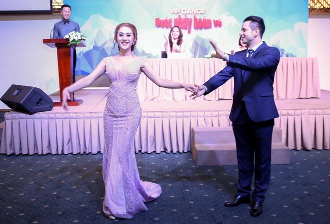 Jennifer Pham, Hong Que tham gia Buoc nhay hoan vu 2016 hinh anh 11