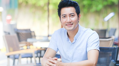 Nguyen Phi Hung: '38 tuoi, toi van chua tim duoc mot nua' hinh anh