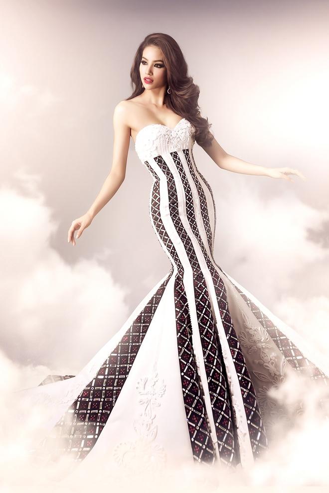 Hai vay da hoi duoc Pham Huong mac tai Miss Universe hinh anh 1