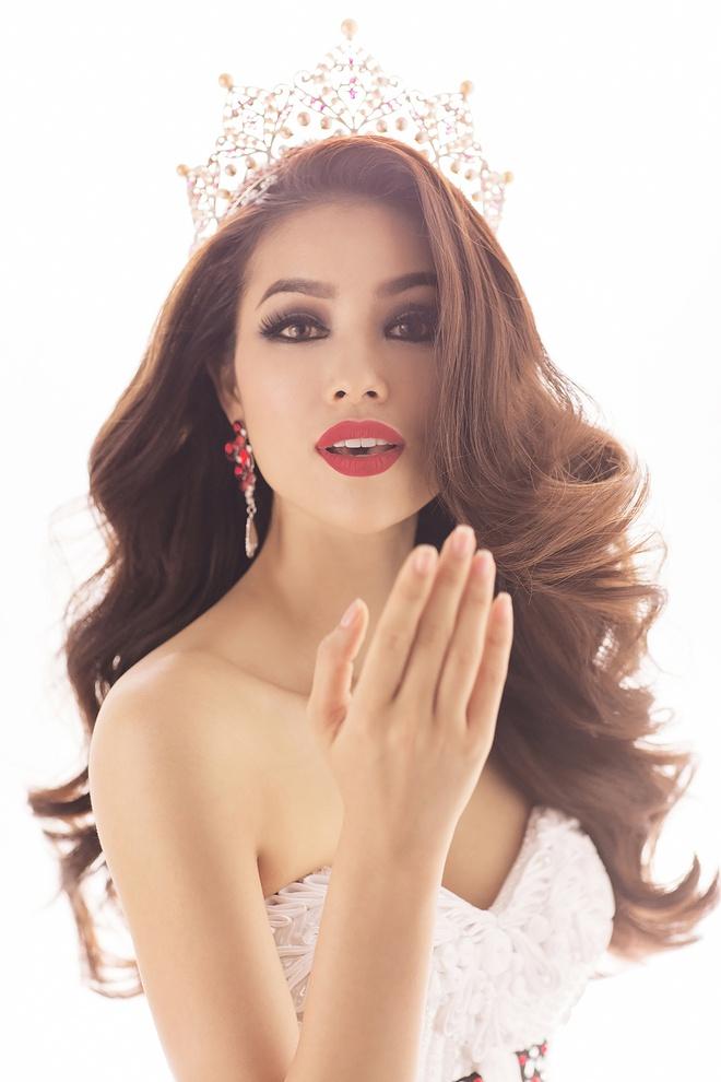 Hai vay da hoi duoc Pham Huong mac tai Miss Universe hinh anh 3