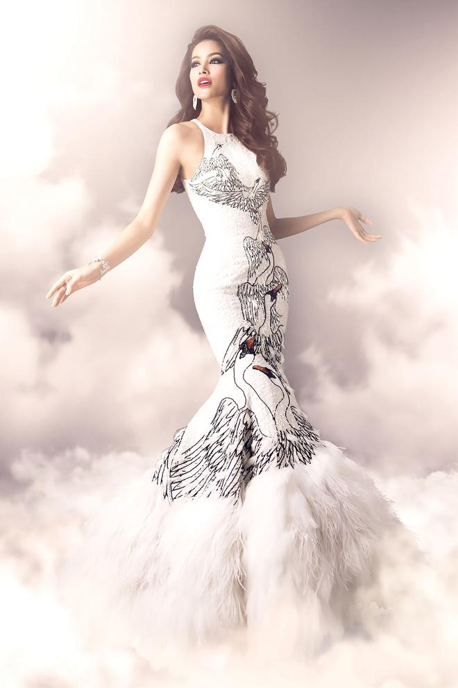 Hai vay da hoi duoc Pham Huong mac tai Miss Universe hinh anh 4