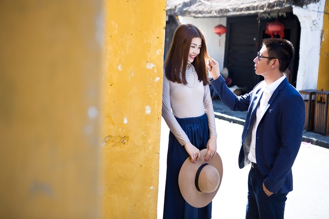 Anh cuoi lang man cua Diem Trang va ong xa doanh nhan hinh anh 2