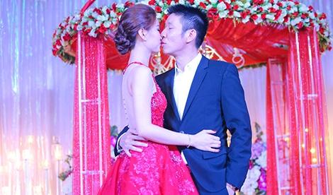 A hau Diem Trang hon chong say dam trong le cuoi hinh anh