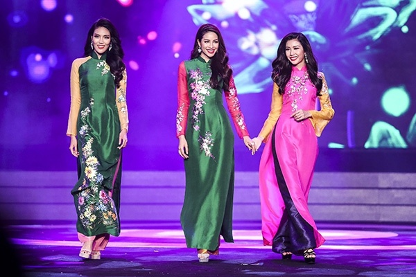 Pham Huong - Lan Khue: Cai nam tay va chuyen lo qua hoa thua hinh anh 1