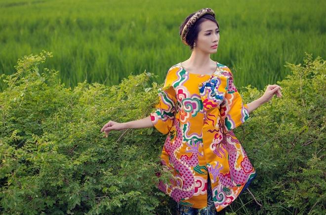 Phan Thi Mo diu dang trong nhung thiet ke hoai co hinh anh 5