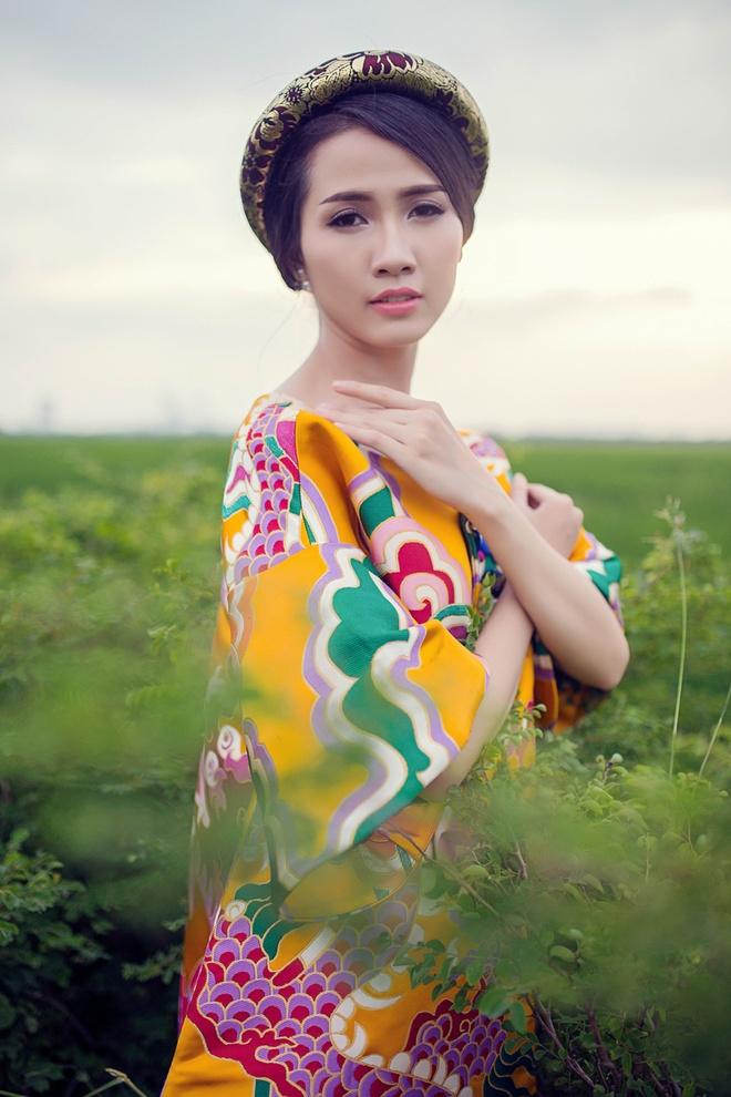 Phan Thi Mo diu dang trong nhung thiet ke hoai co hinh anh 6