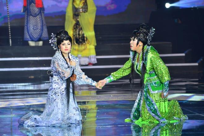 Hoai Linh, Quang Linh tranh cai ve vai gia gai cua Quoc Dai hinh anh 2