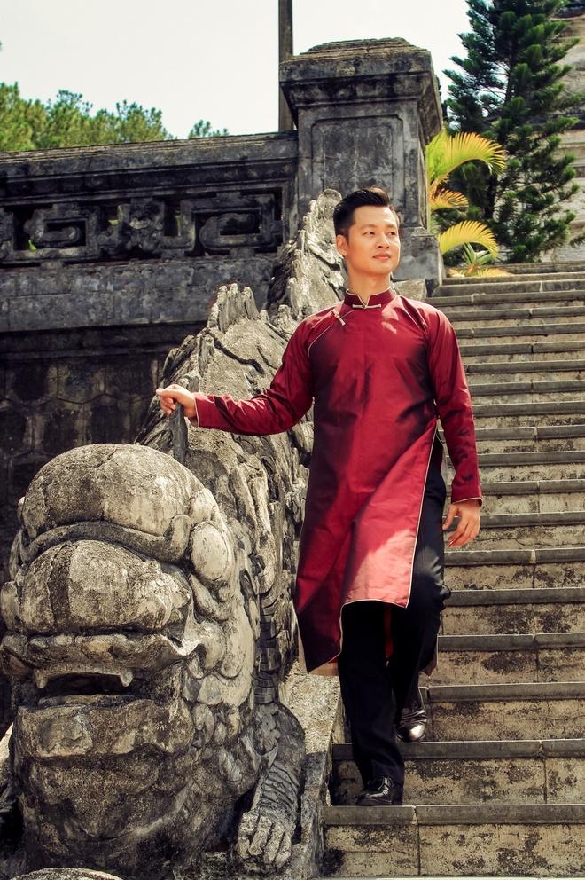 Duc Tuan gioi thieu 5 thiet ke ao dai mua xuan hinh anh 5