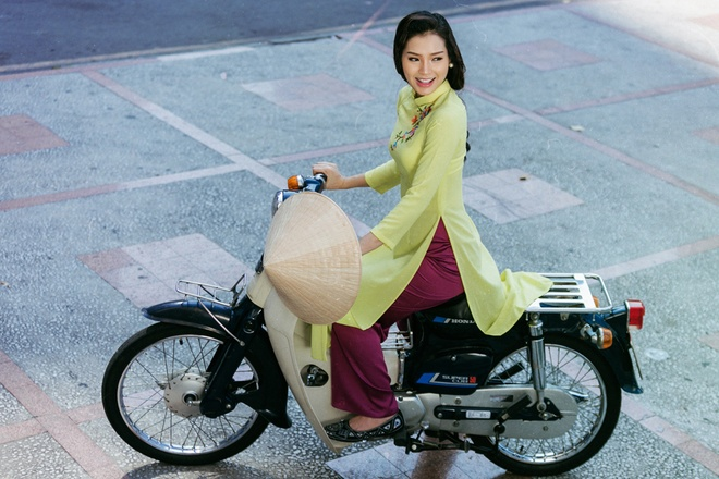 Phuong Trinh Jolie lam quy co thap nien 1990 hinh anh 5