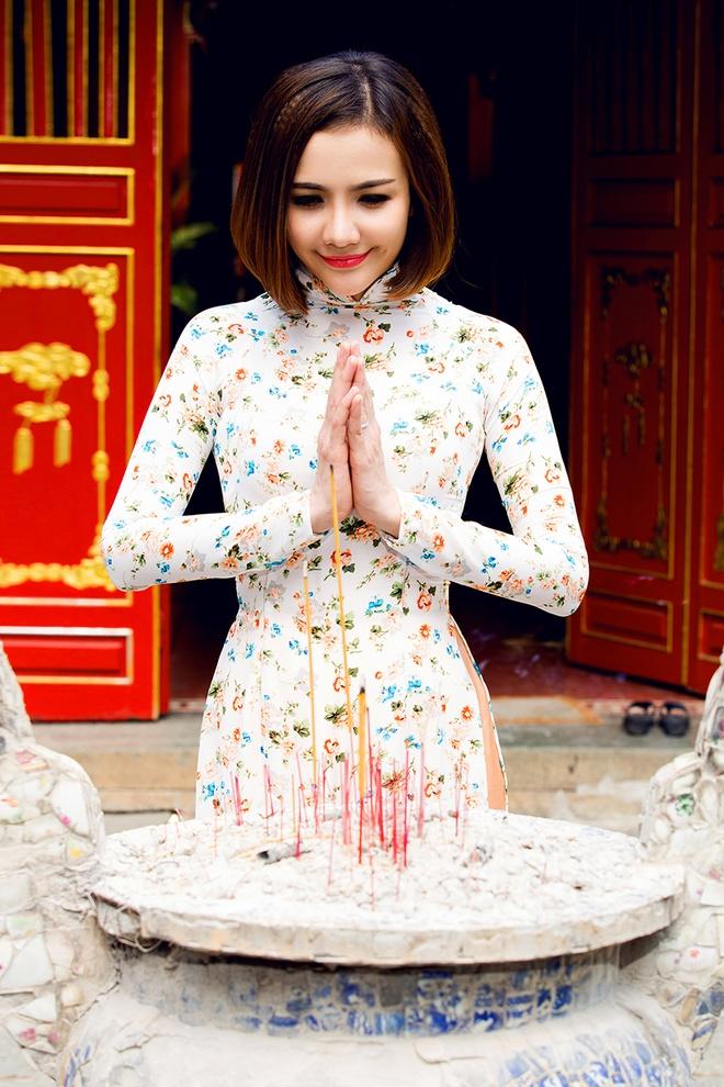 Huynh Dong - Ai Chau di le chua dau nam moi hinh anh 5