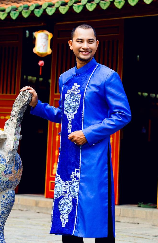 Huynh Dong - Ai Chau di le chua dau nam moi hinh anh 6