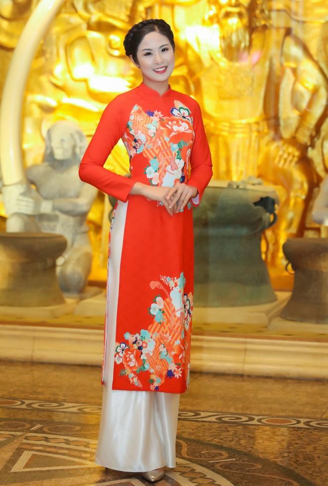 Hoa hau Ky Duyen, Ngoc Han dien ao dai duyen dang hinh anh 6